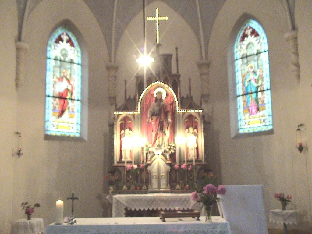 ANINA - Altarul bisericii romano-catolice
